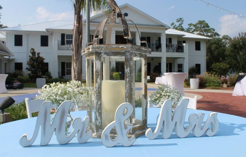 A Mr. and Mrs. decorative piece at a wedding at the Coastal Arts Center of Orange Beach